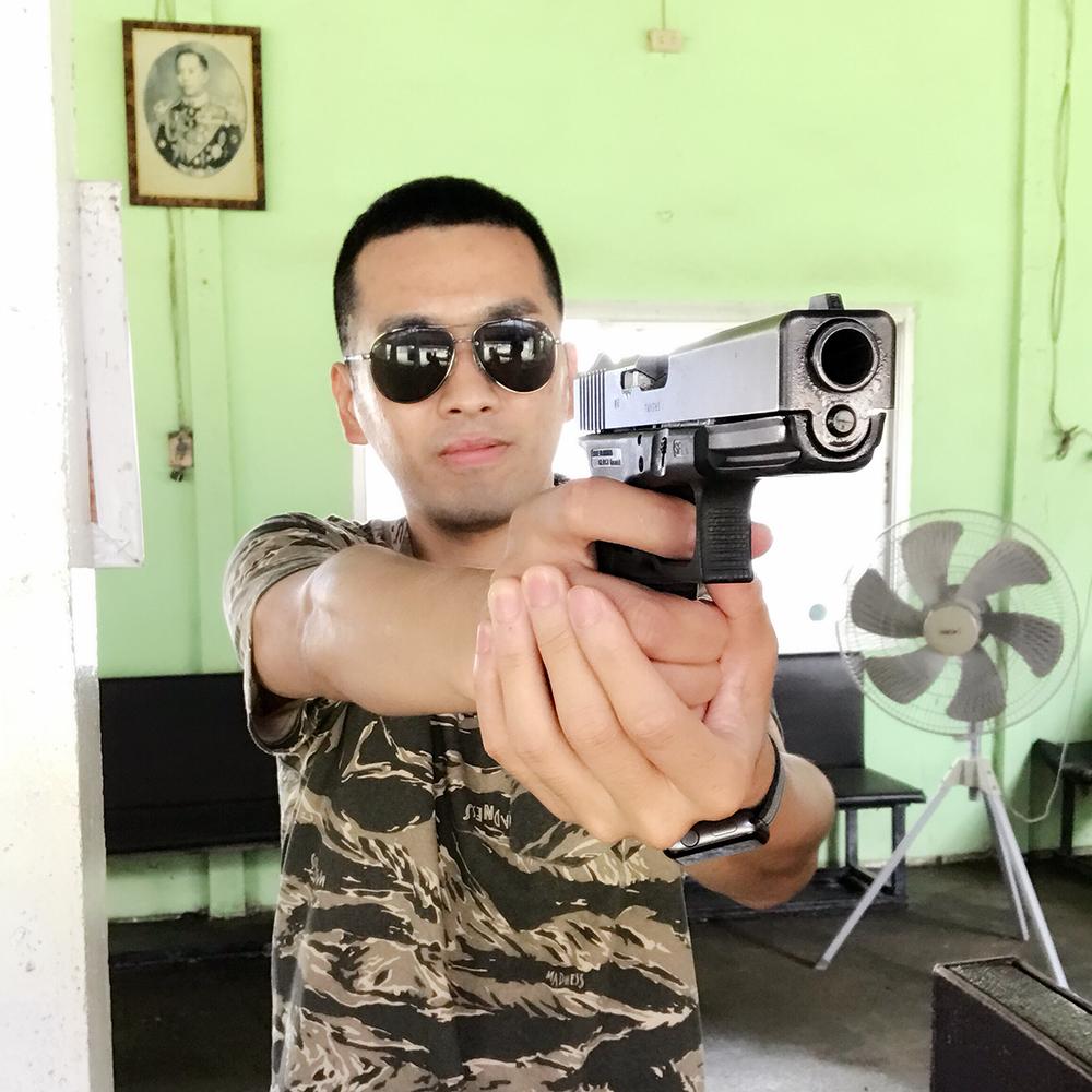 .45 手枪