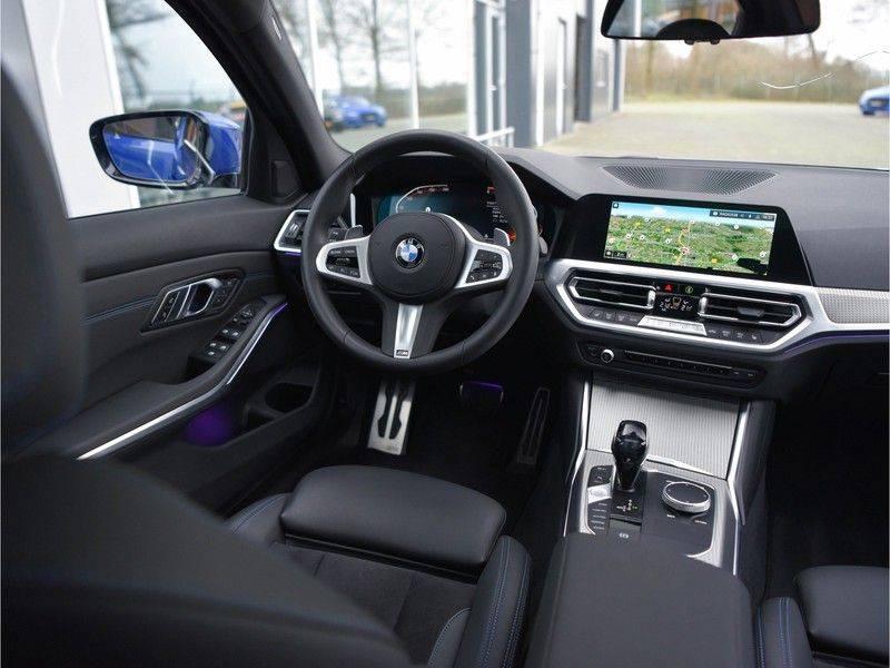 BMW 3 Serie 320d 190pk M-Performance Dak Laser HUD El-Memo Standk DA HiFi Keyless Live-Cockpit afbeelding 25