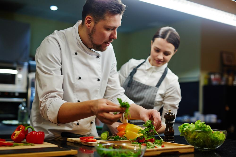 Πώς να γίνεις βοηθός κουζίνας! 🍲
