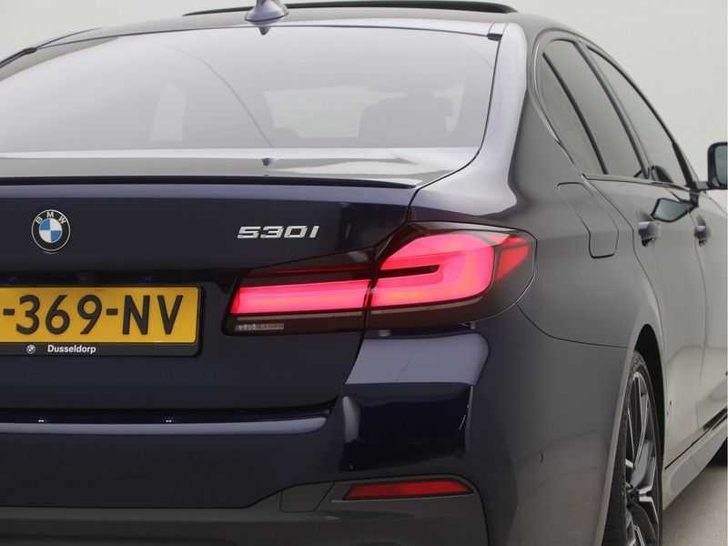 BMW 5 Serie Sedan 530i High Executive M-Sport Automaat afbeelding 23