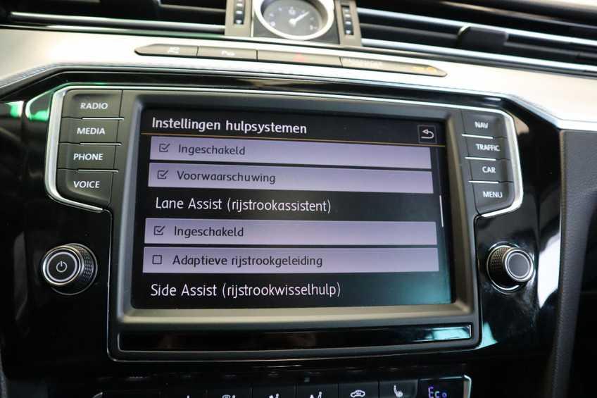 "Volkswagen Passat Variant 1.4 TSI GTE Highline Ex BTW! AD Cruise LED Leder 360 Camera HUD 20""LM afbeelding 28"