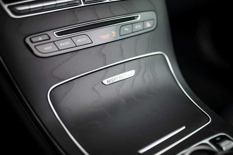 Mercedes-Benz C-Klasse Cabrio 180 Premium *AMG-Line / Airscarf / Keyless Go* afbeelding 21