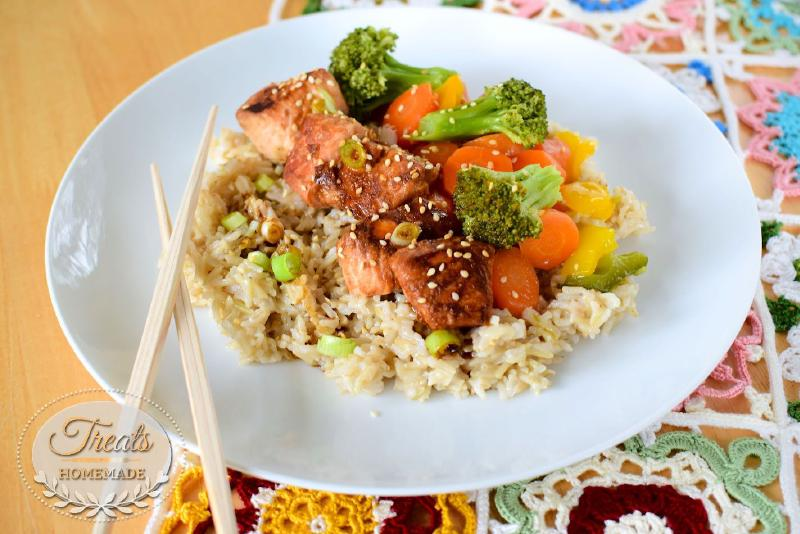 Asian flavored salmon, rice and vegetables