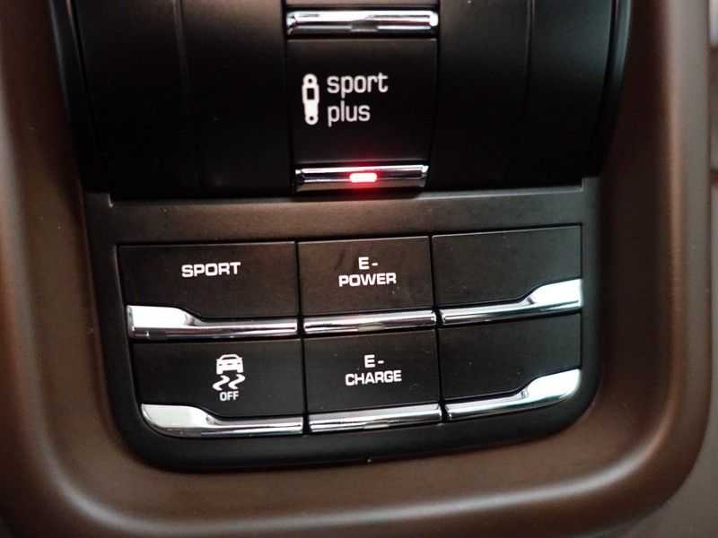 Porsche Cayenne 3.0 S E-Hybrid Sport Plus 334pk Aut- Panodak, Bose, Leer, Camera, Full! afbeelding 9