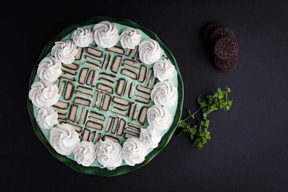 Vegan Chocolate Mint Chip Ice Cream Pie