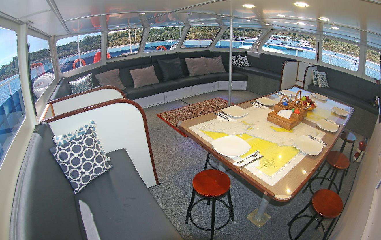 Sibon Baru Surf Charter Catamaran Mentawai Telos Banyaks Lounge