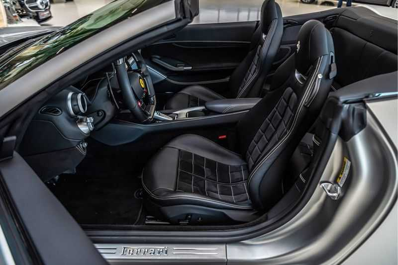 Ferrari Portofino 3.9 V8 HELE | Carbon | Alcantara | Homelink | Camera | afbeelding 11