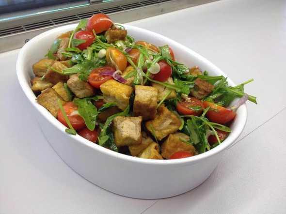 Insalata di tofu