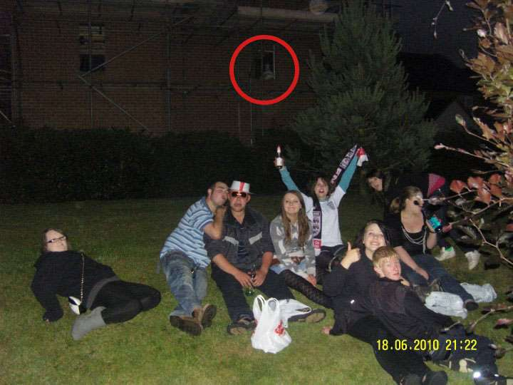 Night out turns spooky when photo reveals ghostly presence
