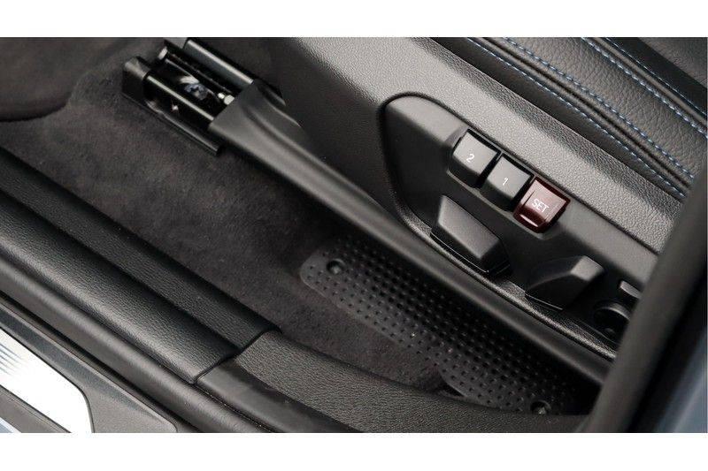 BMW X1 xDrive20i High Executive M Sport Panoramadak, Head-Up Display, Leder, Trekhaak afbeelding 13