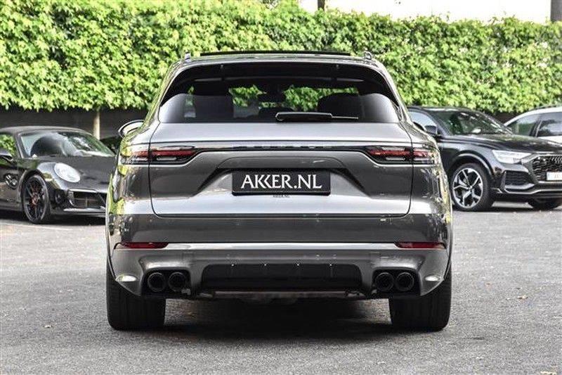 Porsche Cayenne E-HYBRID SPORTDESIGN+PANO.DAK+4WSTURING afbeelding 17