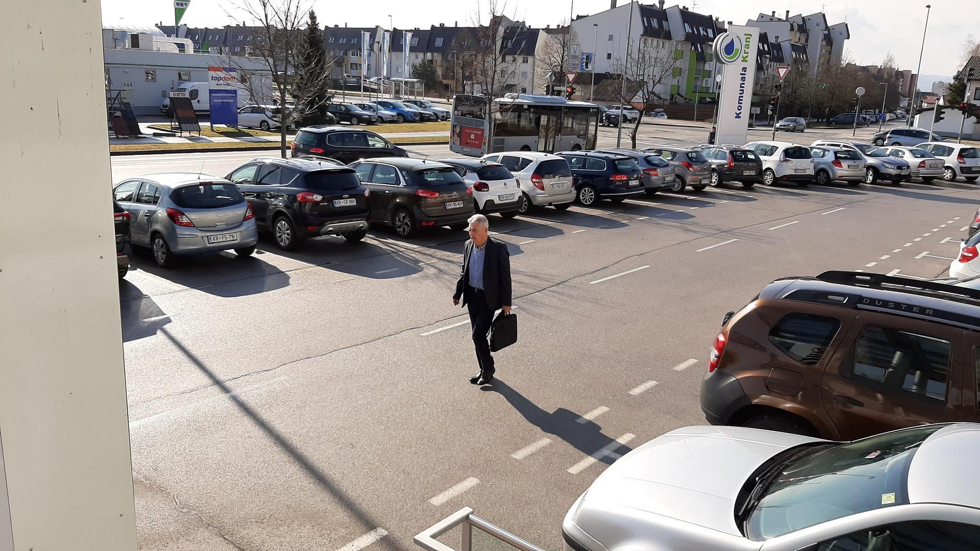 """Florjan Bulovec """"izbral"""" v.d. direktorja Komunale ...."""