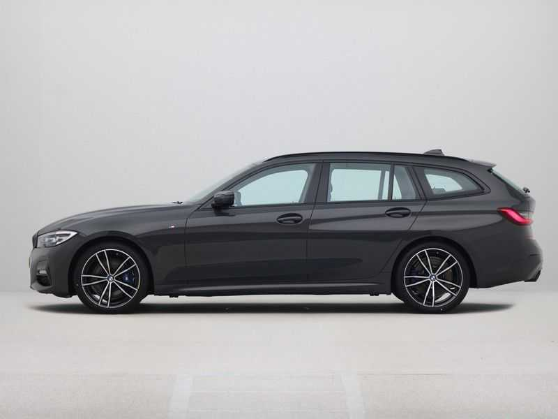 BMW 3 Serie Touring 318i High Executive M-Sport Automaat afbeelding 14