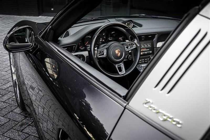 Porsche 911 TARGA 4 SPORT CHRONO+CAMERA+AKRAPOVIC afbeelding 16