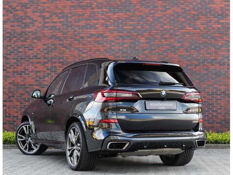 BMW X5 M50i X-Drive *Head-Up*Trekhaak*Laser* afbeelding 6