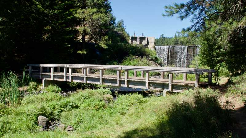 A footbridge at Little Hyatt Reservoir
