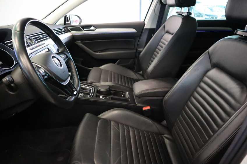 "Volkswagen Passat Variant 1.4 TSI GTE Highline Ex BTW! AD Cruise LED Leder 360 Camera HUD 20""LM afbeelding 22"