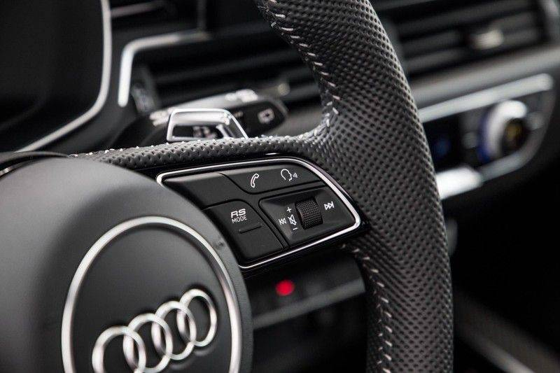 Audi RS4 Avant 2.9 TFSI quattro   450PK   Sportonderstel Plus   Panoramadak   Inleg Carbon   B&O   Sportdifferentieel   Head-up afbeelding 24