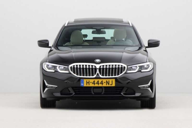 BMW 3 Serie Touring 320d High Executive Luxury Line Automaat Euro 6 afbeelding 4