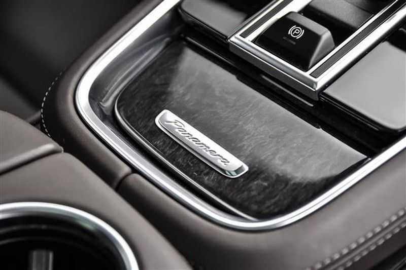 Porsche Panamera TURBO EXECUTIVE SPORTDESIGN+PCCB+MASSAGE NP.259K afbeelding 13