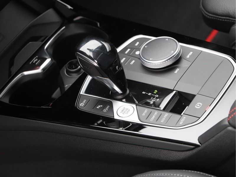 BMW 1 Serie 128ti High Exe Aut. 266 pk afbeelding 17