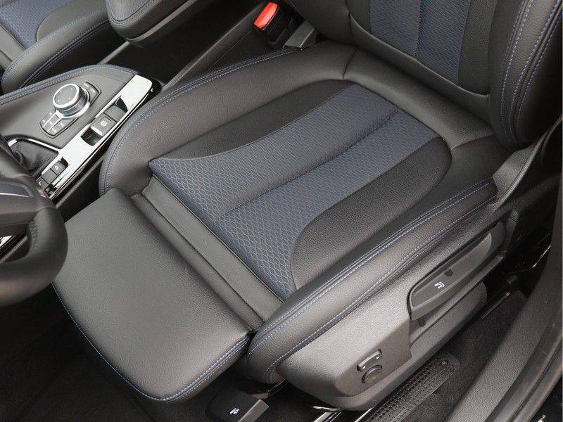 BMW X1 xDrive20i M Sport High Executive afbeelding 16