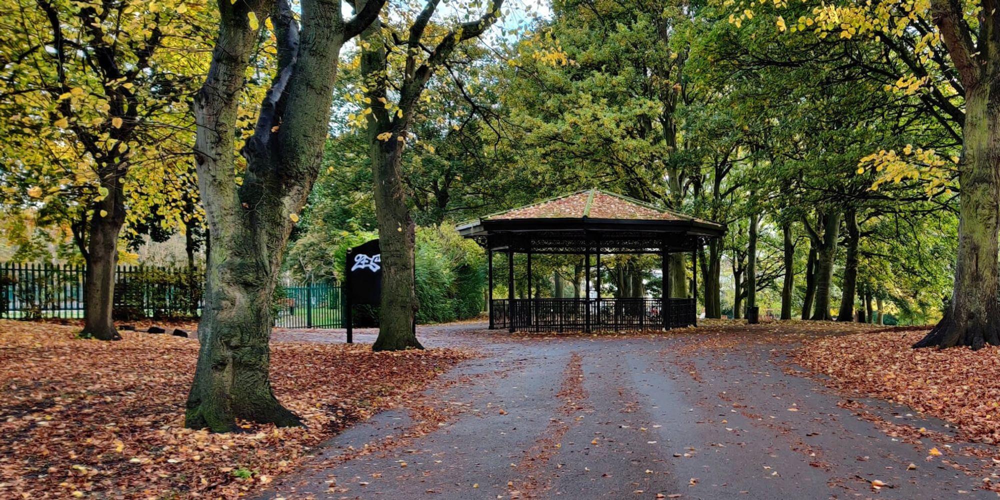 Burley Park Bandstand/Shelter
