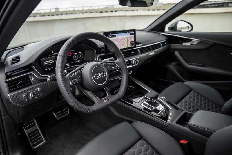 Audi A4 Avant 2.9 TFSI RS4 quattro   450PK   Style pakket Brons   Keramische remschijven   RS Dynamic   B&O   Sportdifferentieel   280 km/h Topsnelheid   afbeelding 18