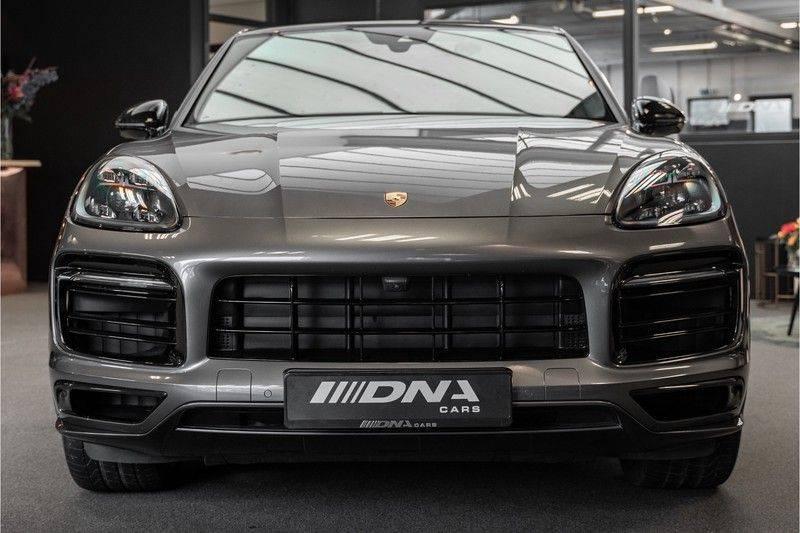 Porsche Cayenne Coupé Hybrid Sport Design Porsche Exclusive 3.0 E-Hybrid afbeelding 3