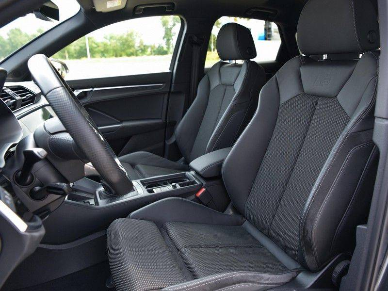 Audi Q3 Sportback 45TFSI 230pk Quattro S-Line Black Optic Pano M-LED Virtual 20-Inch Keyless DAB Stoelverwarming afbeelding 17