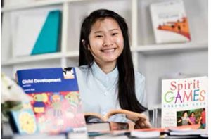 Ms Lau Yun Yi