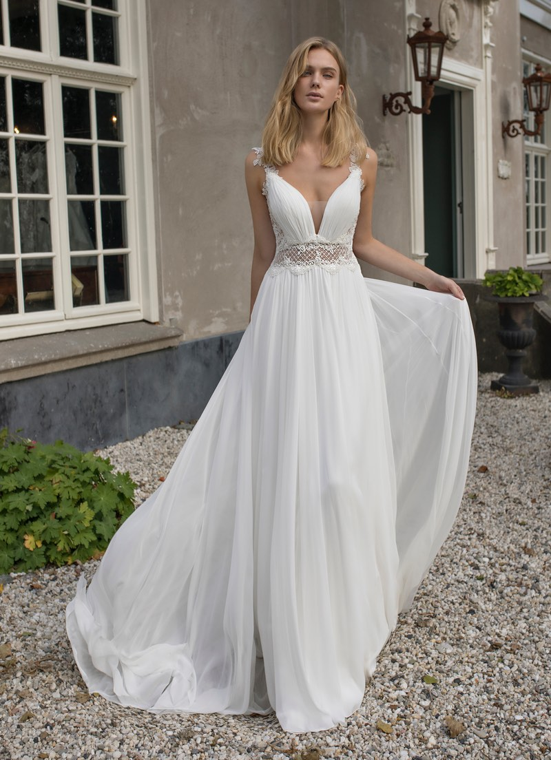 Modeca 2019 Collection Demetria wedding dress