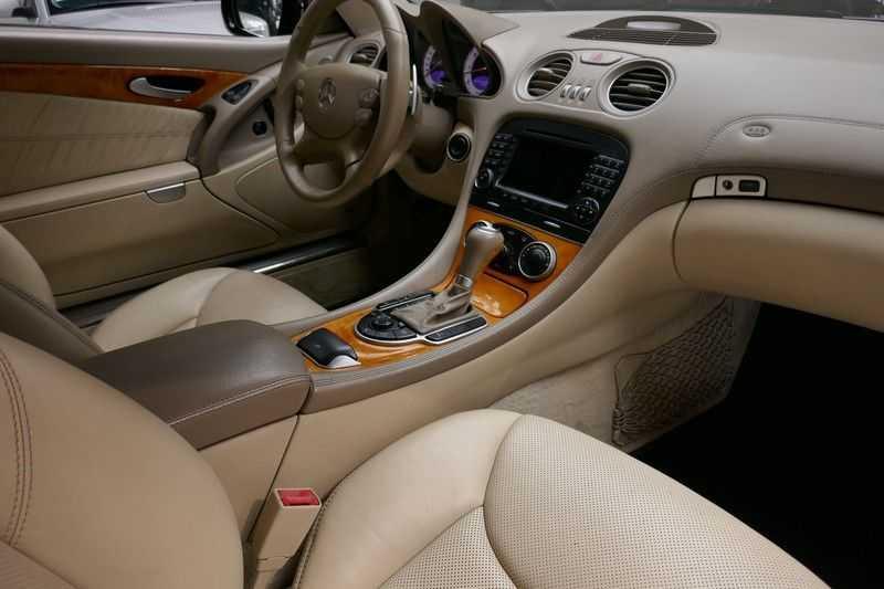 Mercedes-Benz SL-Klasse 600 - 65 ///AMG Black edition afbeelding 24