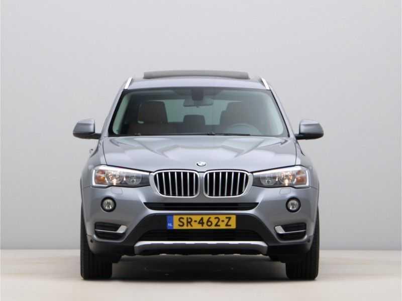 BMW X3 xDrive20i Exe X-Line Aut. afbeelding 2