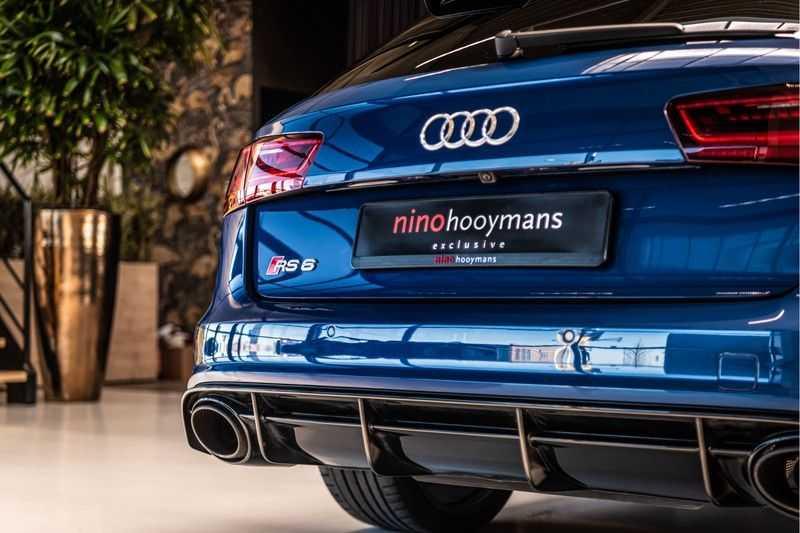 Audi RS6 Avant 4.0 TFSI quattro Performance   Ceramic   B&O   Head-up Display   Panorama   Milltek uitlaatsysteem afbeelding 9