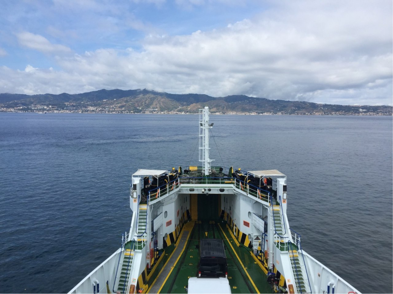 Na trajektu za Siciliju