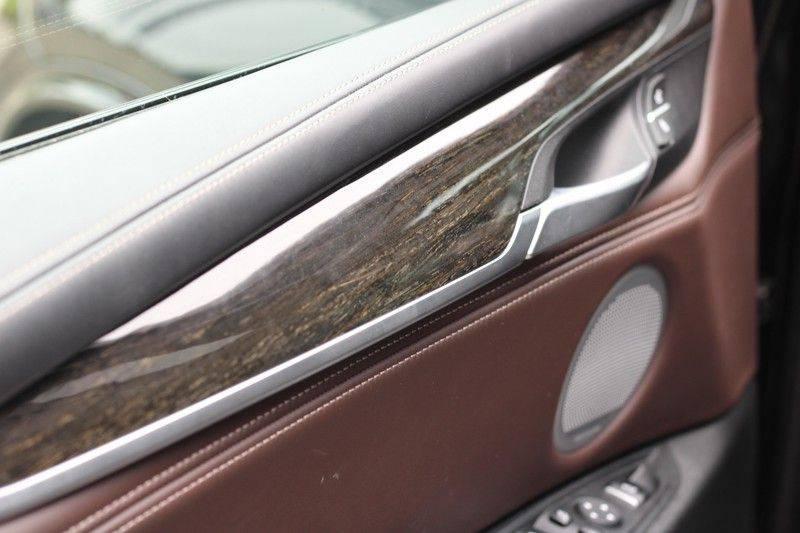 BMW X5 xDrive50i High Executive Pan.dak, Surr. view afbeelding 23