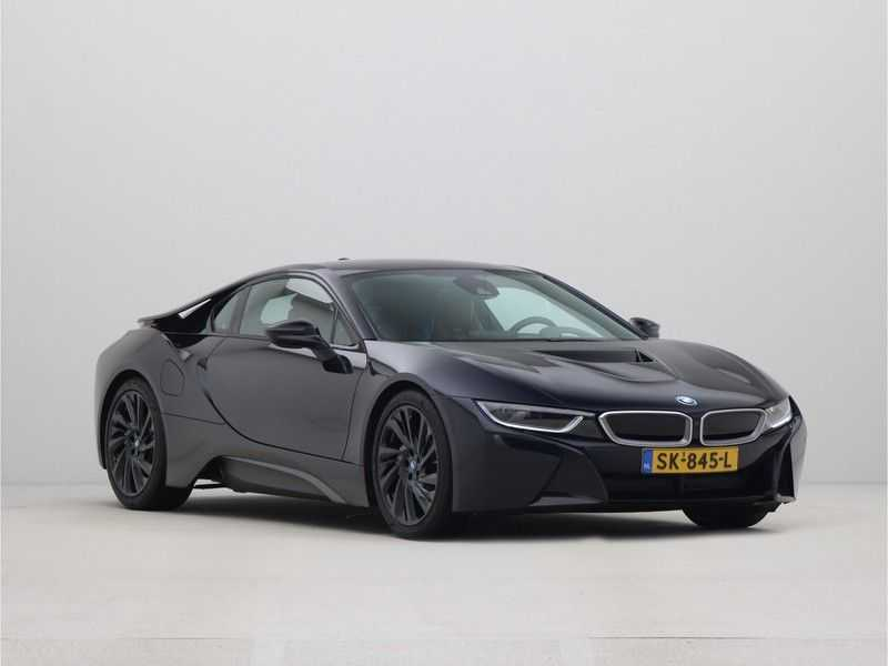 BMW i8 Coupe 1.5 Carbon Edition afbeelding 2