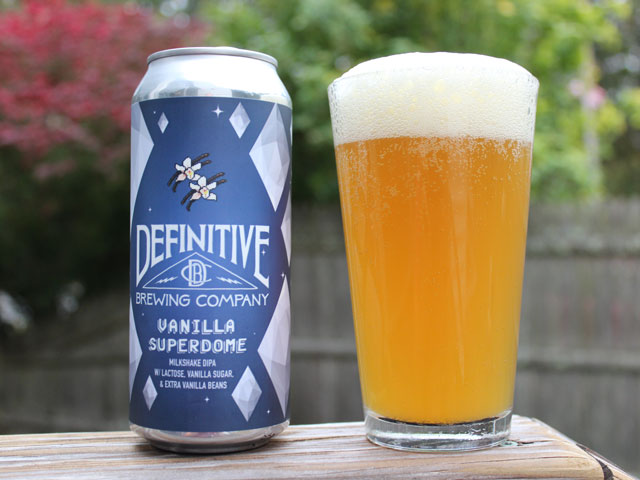 A 16oz can of Vanilla Superdome poured into a pint glass