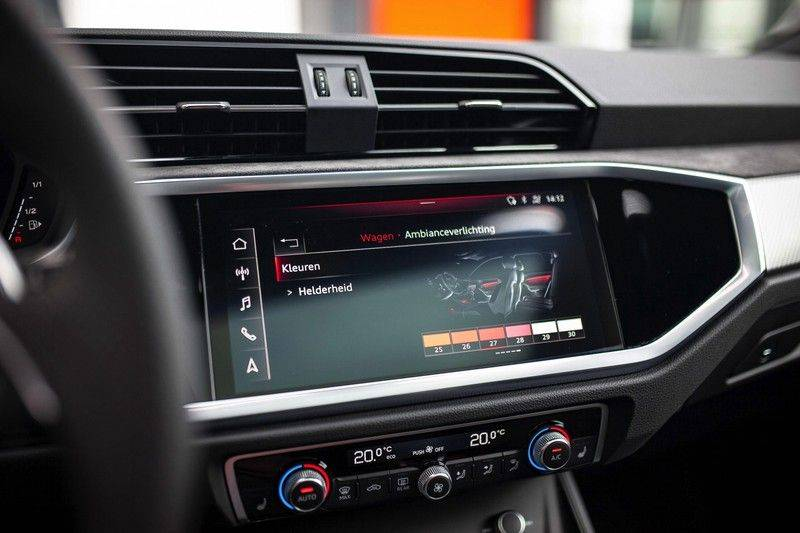 Audi RS Q3 2.5 TFSI Quattro *B&O / Pano / ACC / RS Sportstoelen / Sportuitlaat / Trekhaak* afbeelding 16
