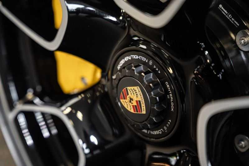 Porsche 911 992 Turbo S keramisch PCCB Burmester PDLS 3.8 Turbo S afbeelding 12