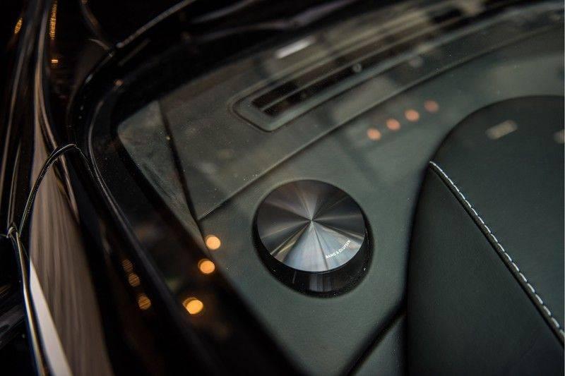 Aston Martin DBS Volante 6.0 V12 Black Carbon Edition afbeelding 13
