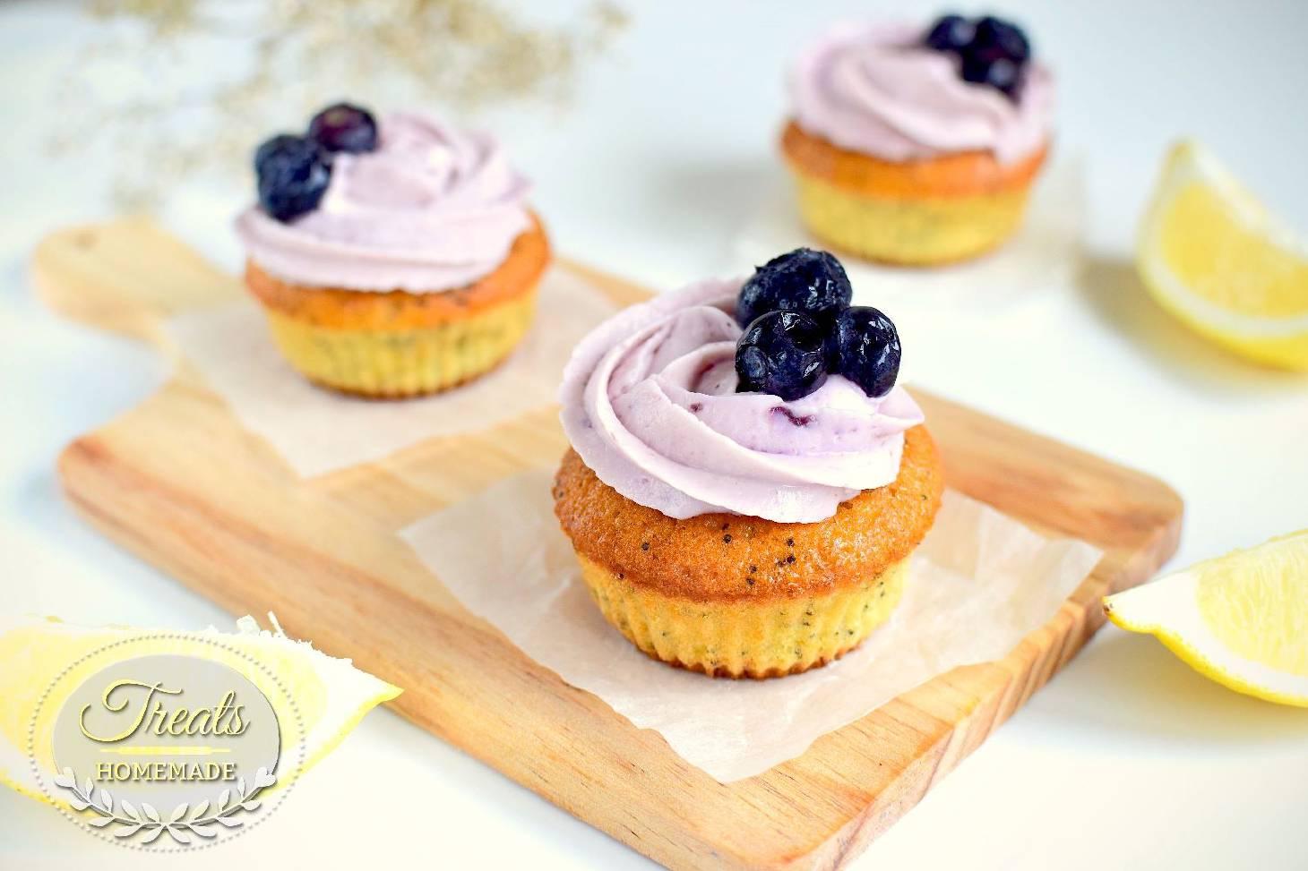 Lemon and Blueberry Cupcake