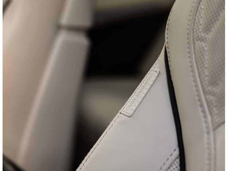 BMW X5 M50i X-Drive *Head-Up*Trekhaak*Laser* afbeelding 13