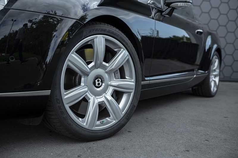 Bentley Continental GTC 6.0 W12 + Dealer onderhouden + Excellent Condition afbeelding 4