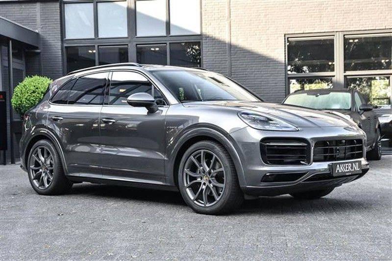 Porsche Cayenne E-HYBRID SPORTDESIGN+PANO.DAK+4WSTURING afbeelding 14