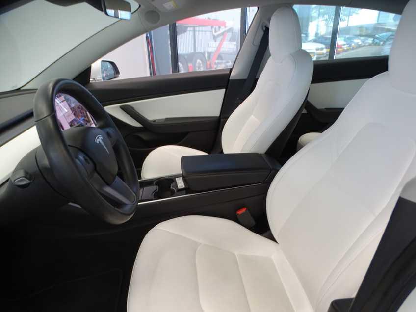 "Tesla Model 3 Long Range   prijs ex.btw 44.450,-   Wit Wit 19""LM% Bijtelling afbeelding 16"