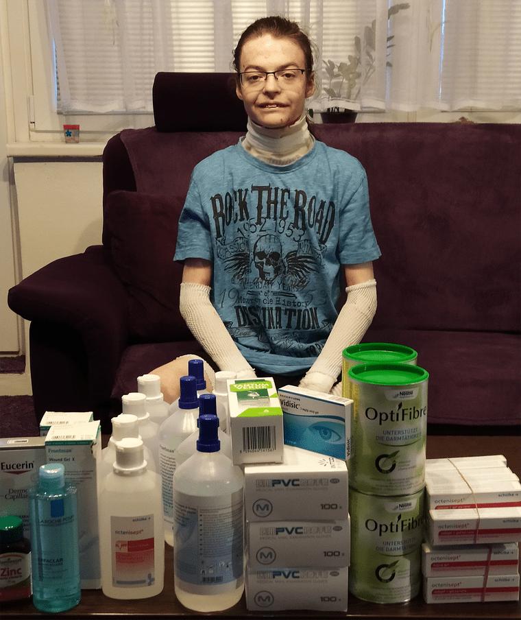 Doplňky stravy, dezinfekční přípravky a další ošetřovací materiál pro Dominika