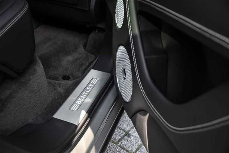 Bentley Bentayga V8 FIRST EDITION MULLINER+BLACKLINE+MASSAGE afbeelding 17