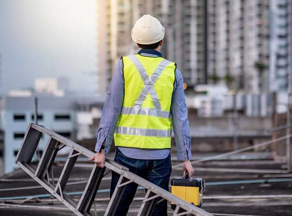 Accruent - Resources - Blog Entries - Solving for Problems in Facilities Management in 2019 - Hero
